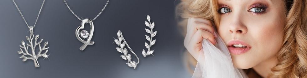 Halsketten, Armbänder und Ohrringe aus 925er Sterling Silber
